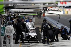 Pit stop #30 Extreme Speed Motorsports Ligier JS P2 Nissan: Scott Sharp, Ed Brown, Johannes van Over