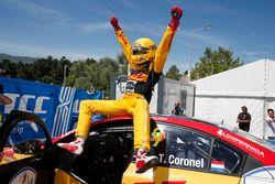 Racewinnaar Tom Coronel, Roal Motorsport, Chevrolet RML Cruze TC1