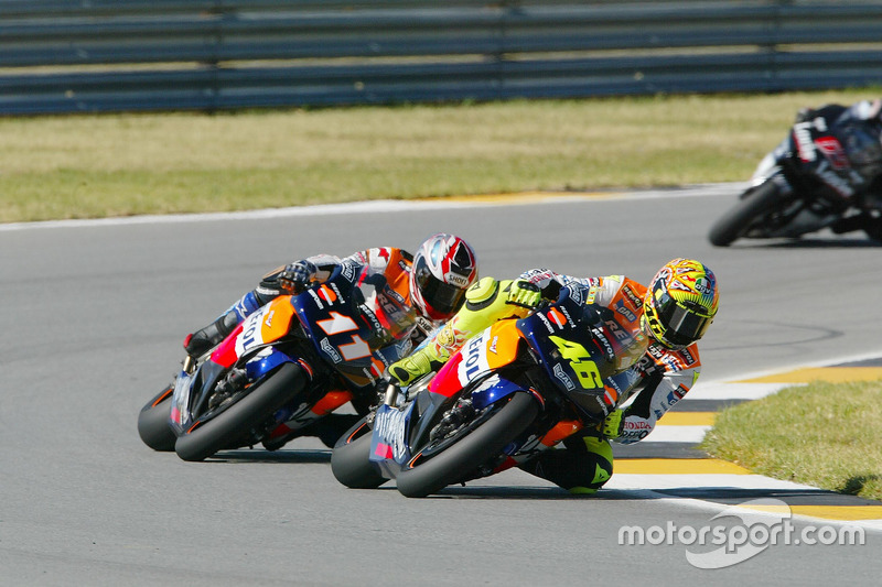 2002 : 96 puntos de Valentino Rossi sobre Tohru Ukawa