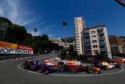 Pierre Gasly, Prema Racing and Sergio Canamasas, Carlin