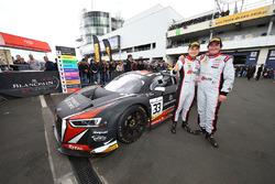 Ganador de la carrera #33 Belgian Audi Club Team WRT Audi R8 LMS GT3: Enzo Ide, Christopher Mies