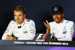 Compañero de Nico Rosberg, de Mercedes AMG y de equipo de Lewis Hamilton F1, Mercedes AMG F1 en el p