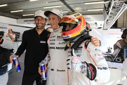 LMP1-Polesitter: Mark Webber, Brendon Hartley, Timo Bernhard, Porsche Team
