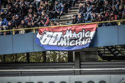 Des fans de Michael van der Mark, Honda WSBK Team