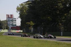 Ukyo Sasahara, ThreeBond with T-Sport Dallara F312; Nikita Mazepin, HitechGP Dallara F312, Mercedes-