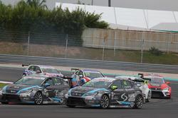 Attila Tassi, Seat Leon, B3 Racing Team Hungary and Dusan Borkovic, Seat Leon, B3 Racing Team Hungary