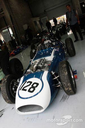 #128 Scarab-Offenhauser (1960): McGuire Eddie