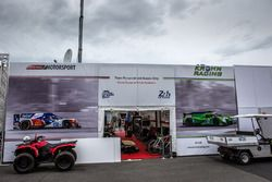 Greaves Motorsport y Krohn Racing zona de Paddock