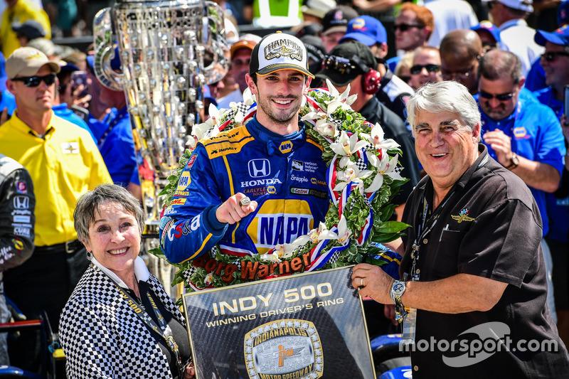 Pemenang Indy500 2016, Alexander Rossi, Herta - Andretti Autosport Honda