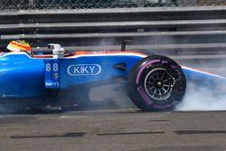 Crash de Rio Haryanto, Manor Racing MRT05