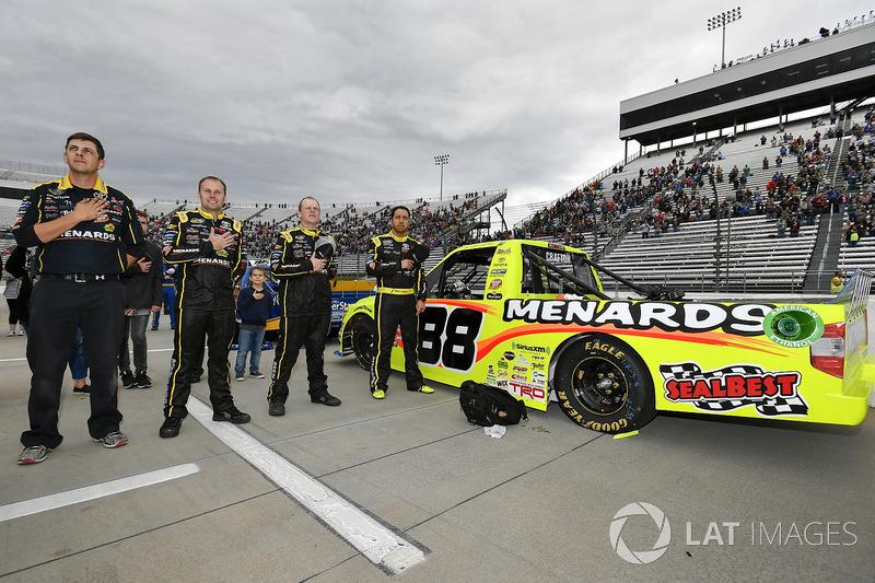 Matt Crafton, ThorSport Racing Toyota and crew