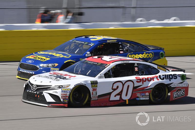 Erik Jones Joe Gibbs Racing Toyota Camry Sport Clips And David Ragan Front Row Motorsports Ford Fusion Sdco