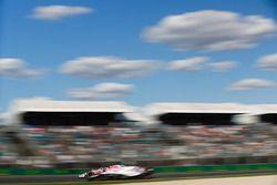Sergey Sirotkin, Williams FW41, pasa a Sergio Pérez, Force India VJM11