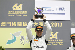 Podium: Podium: Race winner Edoardo Mortara, Mercedes-AMG Team Driving Academy, Mercedes - AMG GT3