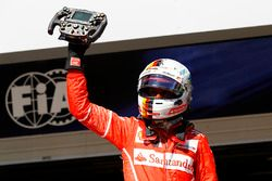Il vincitore Sebastian Vettel, Ferrari