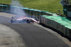 Esteban Ocon, Sahara Force India F1 VJM10 crash