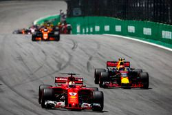 Sebastian Vettel, Ferrari SF70H, Max Verstappen, Red Bull Racing RB13