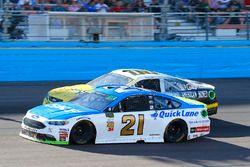 Ryan Blaney, Wood Brothers Racing Ford and Derrike Cope, StarCom Racing, StarCom Fiber\Ashurst American Honey Chevrolet SS