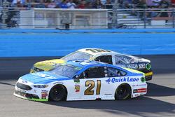 Ryan Blaney, Wood Brothers Racing Ford, Derrike Cope, StarCom Racing Chevrolet