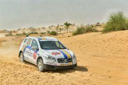 #109 Maruti Suzuki Motorsport Maruti Suzuki S-Cross: Sandeep Sharma, Karan Arya