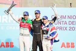 Jean-Eric Vergne, Techeetah, celebra en el podio con Lucas di Grassi, Audi Sport ABT Schaeffler, Sam