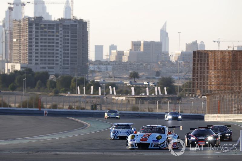 #991 Gulf Racing Porsche 991 GT3 R: John Wartique, Nicolas Saelens, Philipp Sager, Hisashi Kunie, Ki