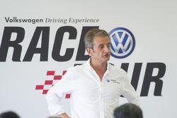 Luis Moya, Volkswagen