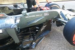 Haas F1 Team VF-17 barge board
