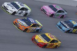 Brad Keselowski, Team Penske Ford, Joey Logano, Team Penske Ford, Ricky Stenhouse Jr., Roush Fenway Racing Ford