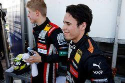 Юри Випс, Motopark, Dallara F317 — Volkswagen, и Джозеф Моусон, Van Amersfoort Racing, Dallara F317