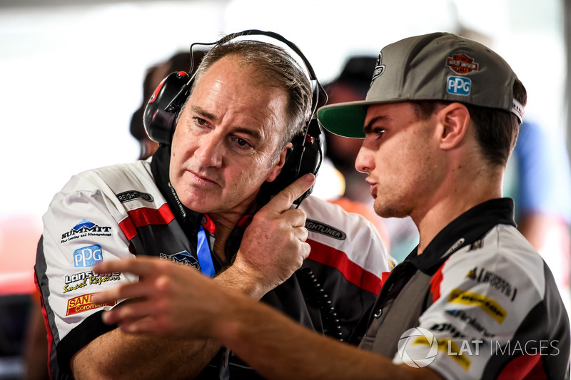 Питер Вейл и Тим Слейд, Brad Jones Racing Holden
