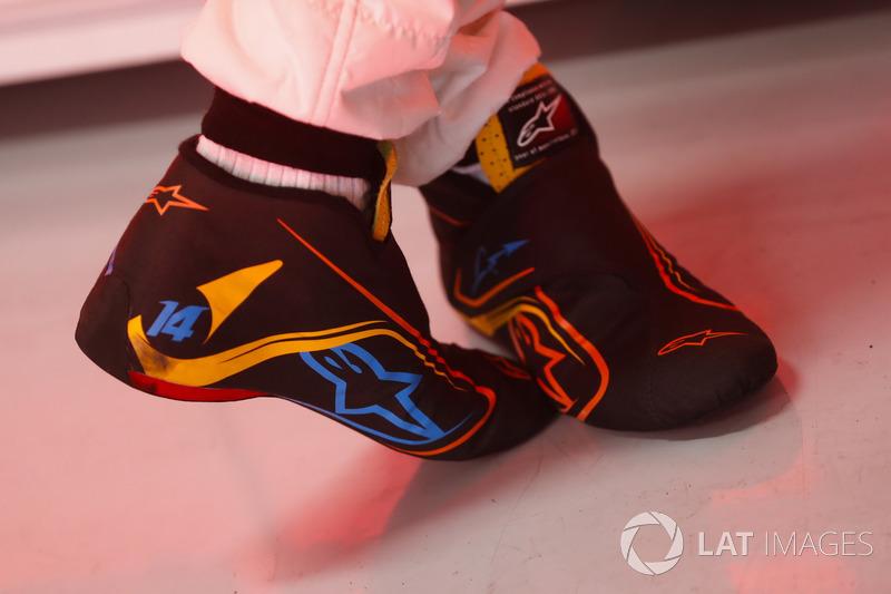 Взуття Фернандо Алонсо, McLaren