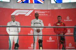 Podium: second place Valtteri Bottas, Mercedes-AMG F1, Race winner Lewis Hamilton, Mercedes-AMG F1, third place Kimi Raikkonen, Ferrari