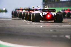 Sergey Sirotkin, Williams FW41, prend sa place sur la grille