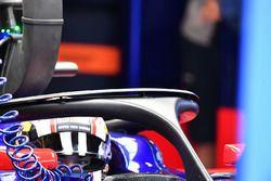 Pierre Gasly, Scuderia Toro Rosso STR12, con el Halo