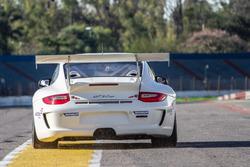 Salida a pista para uno de los autos de la Porsche GT3 Cup Trophy Argentina
