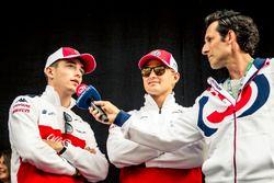Charles Leclerc, Sauber e Marcus Ericsson, Sauber, sul palco