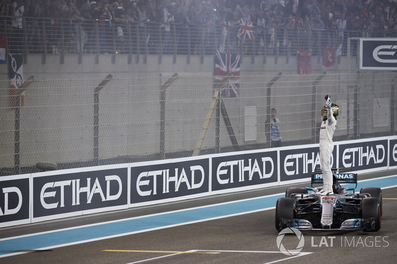 Second place Lewis Hamilton, Mercedes AMG F1, celebrates