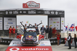 المركز الثالث تيمو سونينن وميكو ماركولا، أم-سبورت فورد فييستا