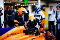 McLaren pit stop