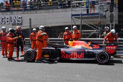 Max Verstappen, Red Bull Racing RB14 na de crash