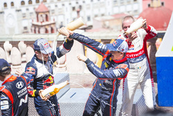 Podium: Sébastien Ogier, M-Sport Ford WRT et Dani Sordo, Hyundai Motorsport, Kris Meeke, Citroën World Rally Team