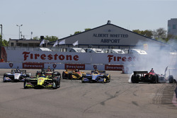 Sébastien Bourdais, Dale Coyne Racing with Vasser-Sullivan Honda; Robert Wickens, Schmidt Peterson M