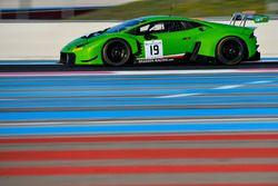 #19 GRT Grasser Racing Team, Lamborghini Huracan GT3: Mirko Bortolotti, Christian Engelhart, Andrea
