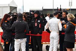 Stoffel Vandoorne, McLaren and Fernando Alonso, McLaren talk with the media