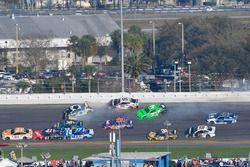 Chase Elliott, Hendrick Motorsports Chevrolet Camaro, Kasey Kahne, Leavine Family Racing Chevrolet C