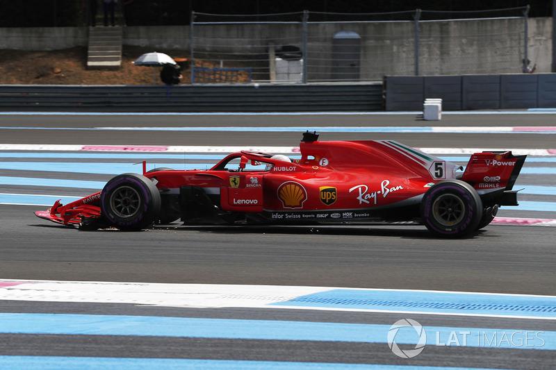 Sebastian Vettel, Ferrari SF71H, mit kaputtem Flügel