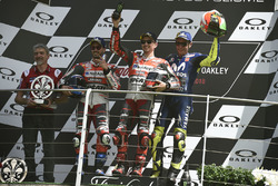 Podium: race winner Jorge Lorenzo, Ducati Team, second place Andrea Dovizioso, Ducati Team, third place Valentino Rossi, Yamaha Factory Racing