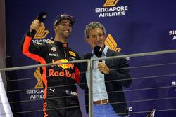 Daniel Ricciardo, Red Bull Racing celebrates on the podium, Eddie Jordan