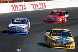 Todd Gilliland, Kyle Busch Motorsports Toyota, Ryan Truex, Hattori Racing Enterprises Toyota, Grant